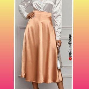 JustIn➡️ High waist💼 melon gold silky satin skirt